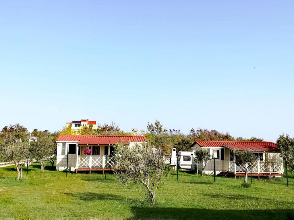 Apartments Nin - Holiday home Mobile homes | Direct-Croatia.com on