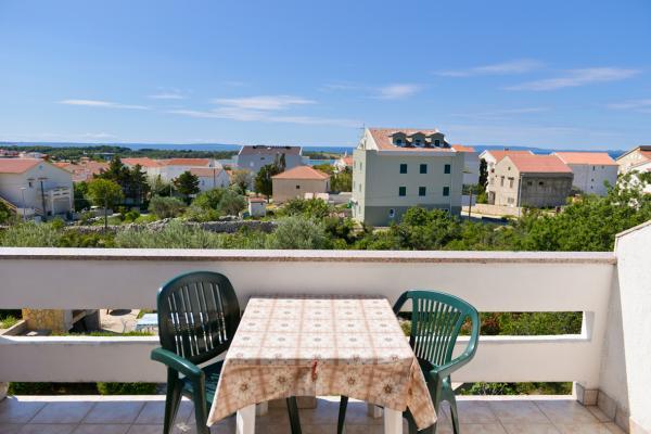 Apartments Pag Novalja - Apartments Vilko | Direct-Croatia.com